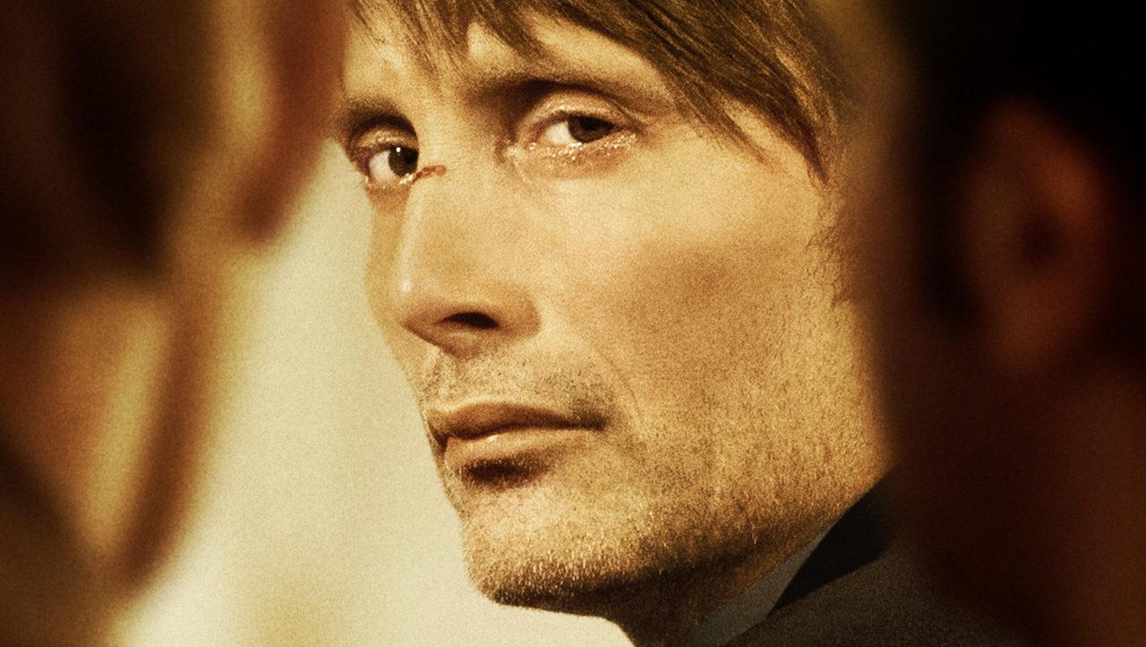 Filmplakat fra filmen Jagten med Mads Mikkelsen